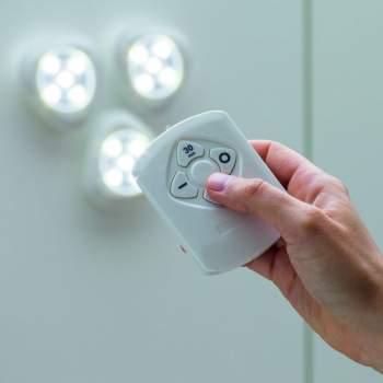 Set 3 spoturi LED cu telecomandă Tri Bright
